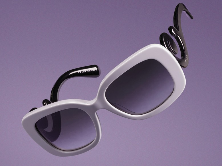photo styling floating glasses